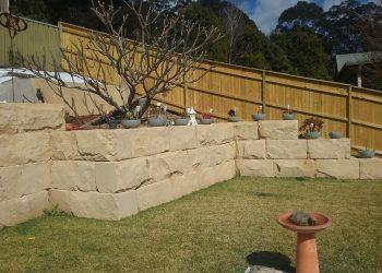 sandstone block retaining walls new castle
